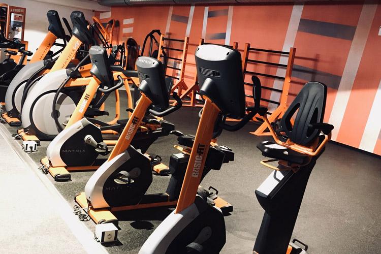 Salle De Fitness Basic Fit Brussels Porte De Namur