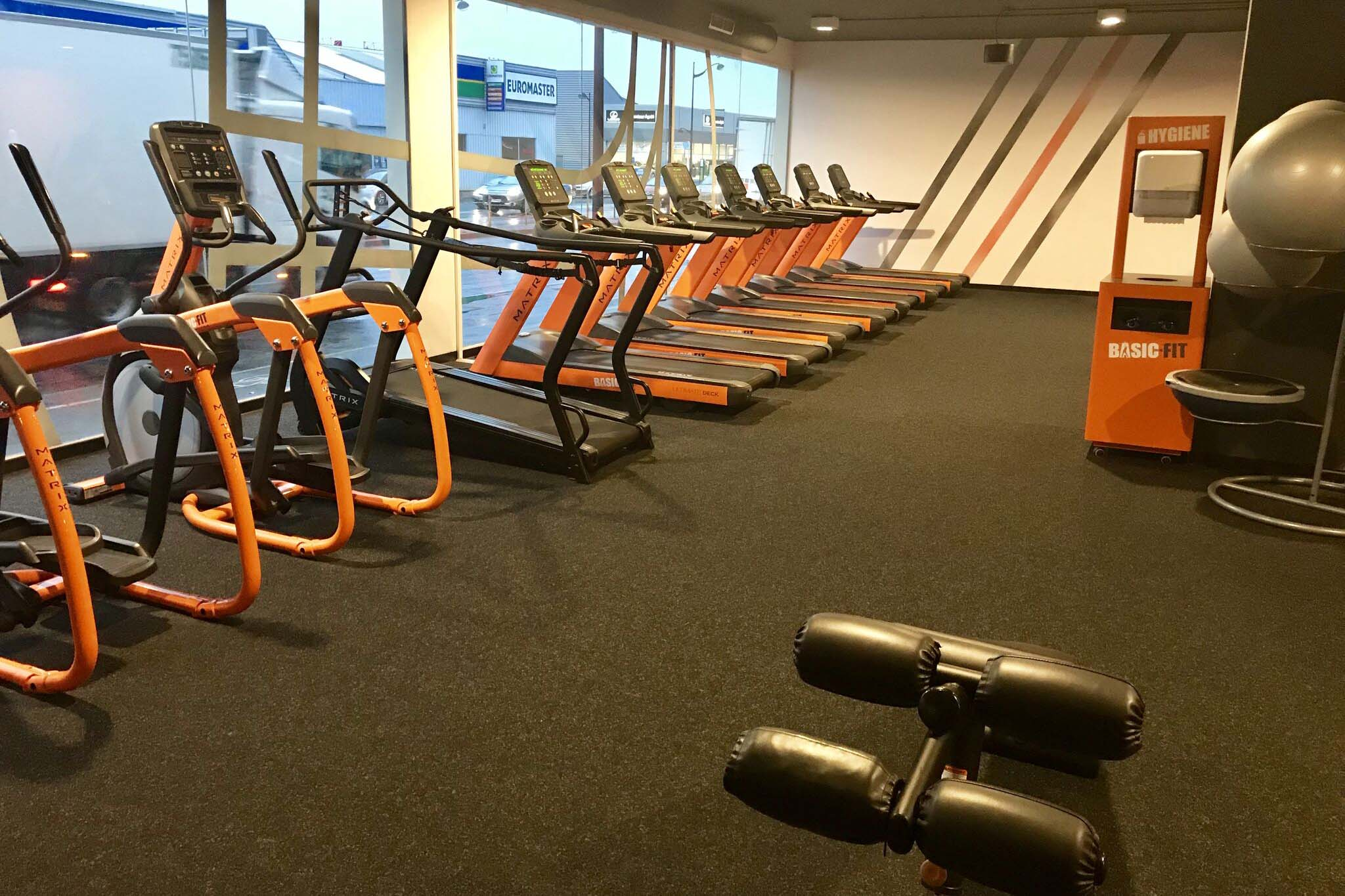 Salle De Sport Basic Fit Viry Chatillon Avenue Du General De Gaulle