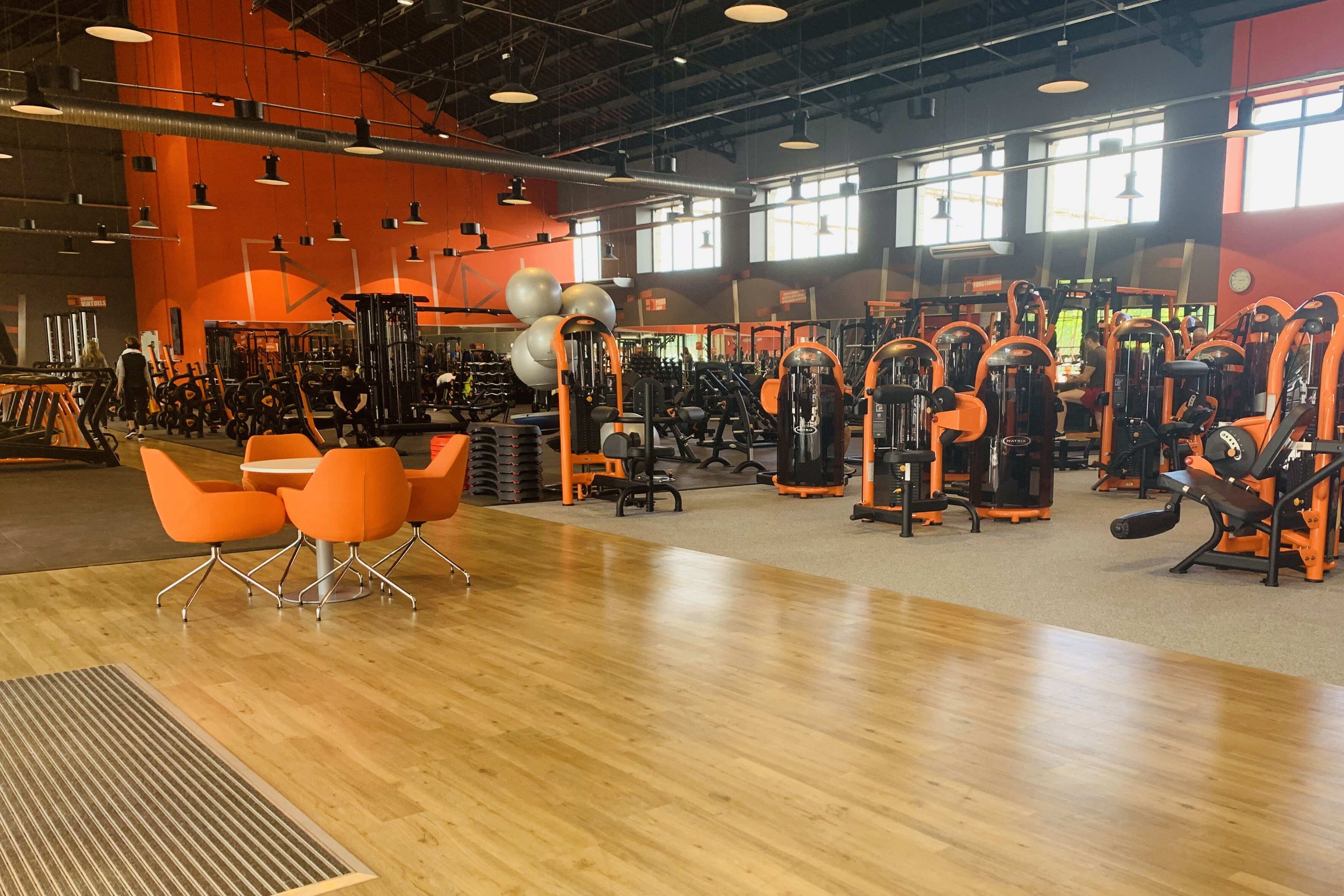 Basic Fit Gym Basic Fit Libourne Rue Chaperon Grangere